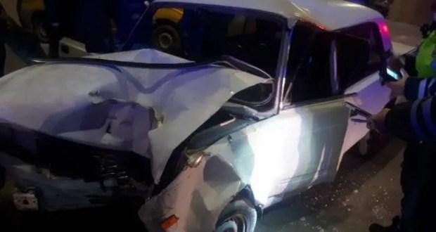 ДТП в Севастополе: автомобиль влетел в столб