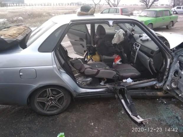 """ДТП на трассе Симферополь – Евпатория: """"лоб в лоб"""" столкнулись легковушки"""