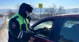 Севастопольские сотрудники ГИБДД работают в усиленном режиме. Непогода...