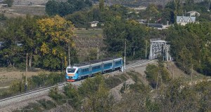 В Крыму назначены дополнительные пригородные поезда и повысилась плата за проезд в электричках