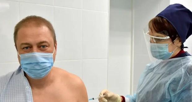 В Крым поступило еще 4300 доз вакцины против новой коронавирусной инфекции