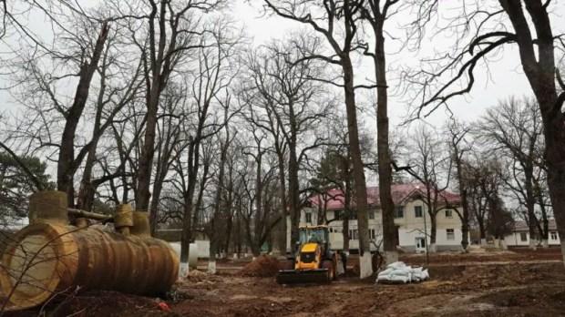 Как идет реконструкция училища олимпийского резерва в симферопольском селе Краснолесье