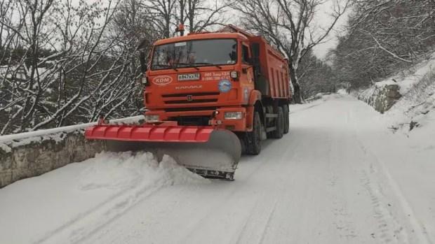 Служба автодорог Крыма – о проезде на плато Ай-Петри