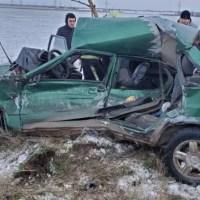 Утреннее ДТП на скользкой дороге в Сакском районе: двое пострадавших