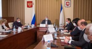 Крымчане продолжают жаловаться на аварии сетей водоснабжения. Мороз обострил проблему