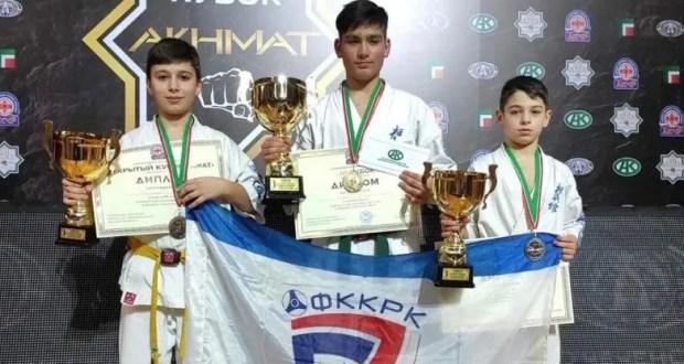У каратистов Крыма – три медали турнира в Грозном