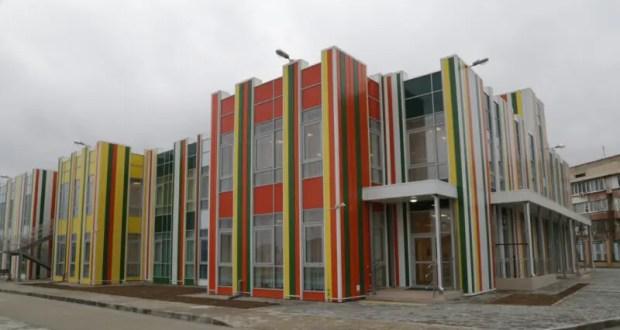 В Крыму хотят решить проблему с очередями в детских садах до конца 2024 года