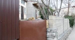 К лету в Ялте должны демонтировать все незаконно установленные некапитальные объекты