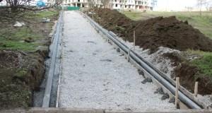 В Керчи восстанавливают тротуары