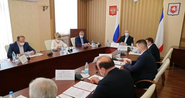 Штабов «в прямом эфире» в Крыму больше не будет. Ситуациям с «ковидом» и водой посвятят брифинги