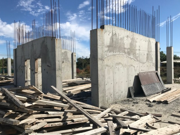 В Джанкое строительная фирма детский сад не построила, но бюджетные деньги… «испарились»