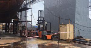 ЧП на судостроительной верфи в Керчи - пострадал мужчина