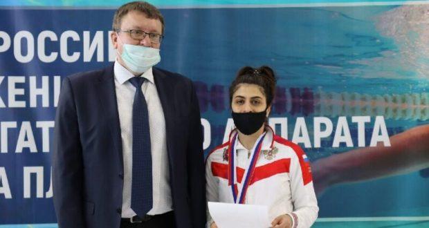 У крымской спортсменки - две медали чемпионата России по плаванию среди лиц с ПОДА