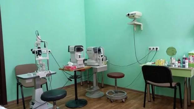 Крымский центр реабилитации зрения проведет акцию «Проверь зрение школьнику»