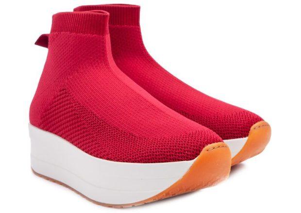 Женские кроссовки в 2021 году: что мода диктует?