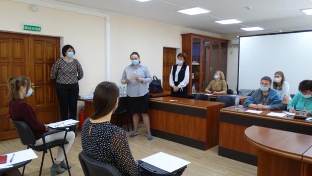 Нотариальная палата города Севастополя провела экзамен на стажировку у нотариусов города