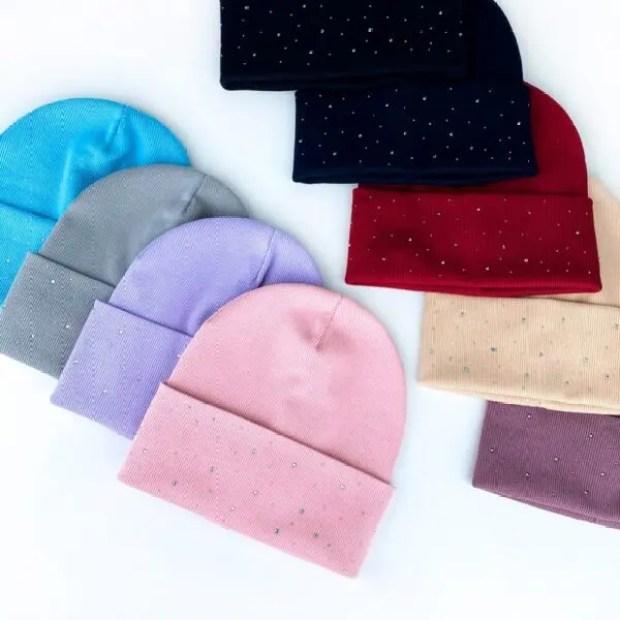 Для чего нужны женские шапки оптом?