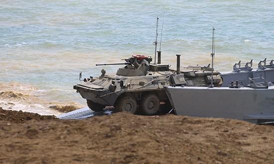 Войска Южного военного округа и ВДВ возвращаются в пункты дислокации после учений в Крыму