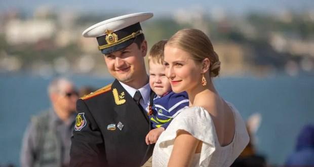 В Севастополе 9 Мая - VI Общегородская акция «За Победу танцуй до победного!»