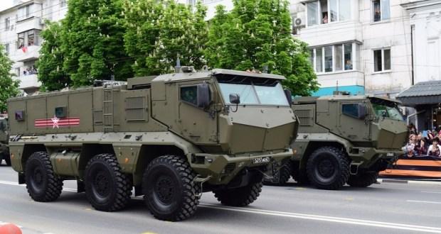 Сегодня в Симферополе – первая репетиция военного парада на 9 Мая. Где перекроют движение