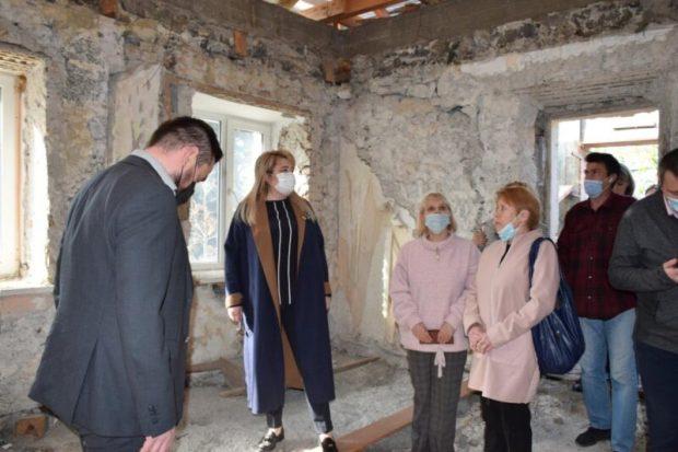 Власти Ялты: ремонт Массандровской школы искусств скоро возобновится