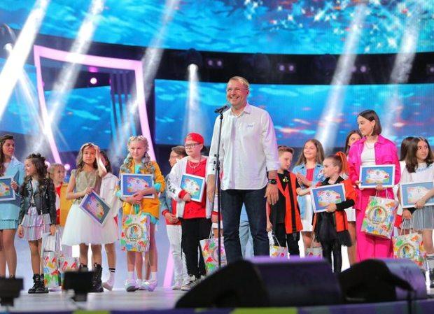 Финалисты «Детской новой волны» получили путевки в «Артек»
