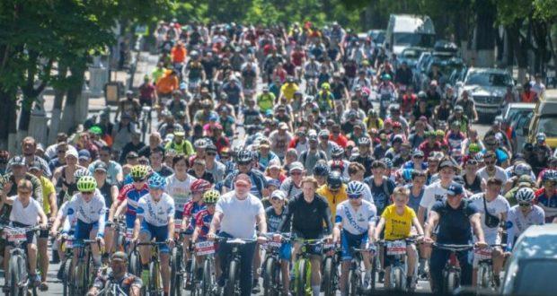 В велопробеге «ВелоПобеда - 2021» в Севастополе приняли участие более 1000 велосипедистов