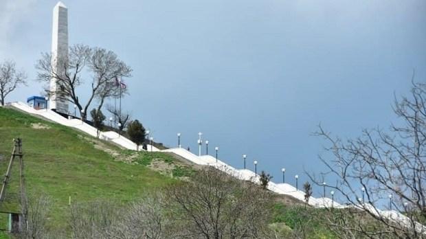 Отреставрированные Митридатские лестницы в Керчи не откроют ко Дню Победы