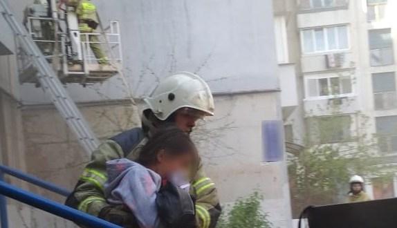 На пожаре в Симферополе эвакуированы десять человек