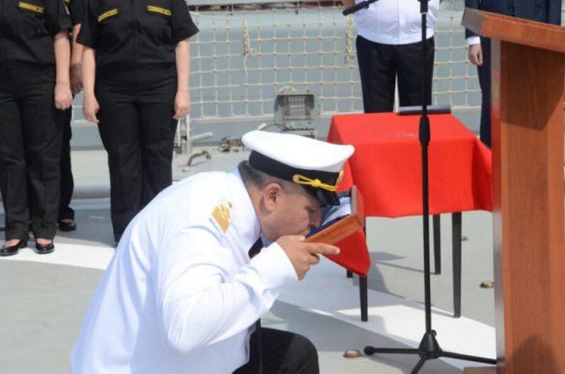 В Севастополе приняли в состав Черноморского флота новый морской танкер «Вице-адмирал Паромов»