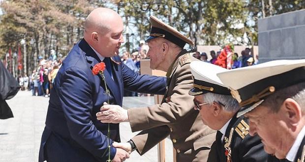 Поздравление губернатора Севастополя с Днём Победы
