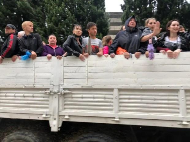 Власти заявляют о восьми пострадавших в результате непогоды в Ялте. Есть данные об одном погибшем