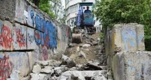 В Симферополе намерены отремонтировать 15 лестниц