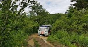 Поездка на «Ниве» через перевал Ай-Серез по бездорожью обернулась вызовом спасателей