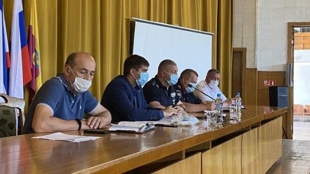 В Ялте заключили меморандум с таксистами: работать по единому тарифу