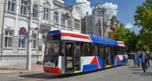 В Евпатории готовят к выходу на линию новый трамвай