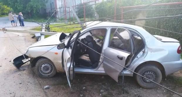 Воскресенье в Симферопольском районе как началось с ДТП, так дорожной аварией и закончилось