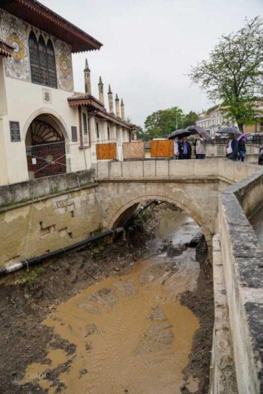 В Ханском дворце идут реставрационные и противоаварийные работы