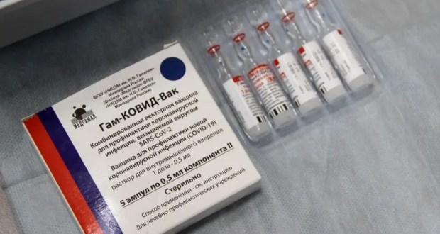 В Крым продолжает поступать вакцина от коронавируса