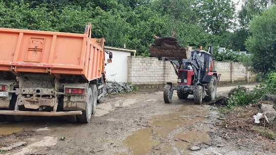 Госкомводхоз Крыма расчищает русла рек в Бахчисарайском районе