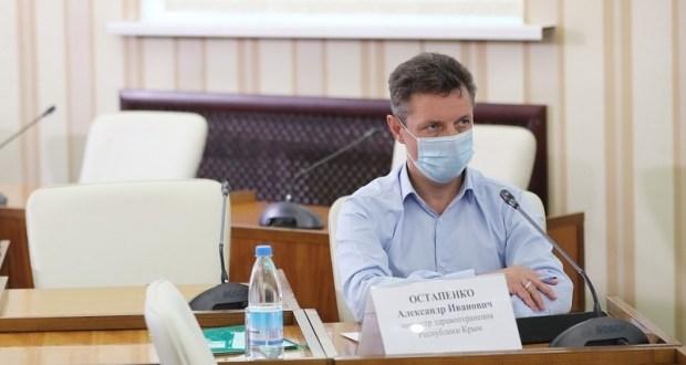 Что с медицинскими кадрами в Крыму, рассказал глава республиканского минздрава Александр Остапенко