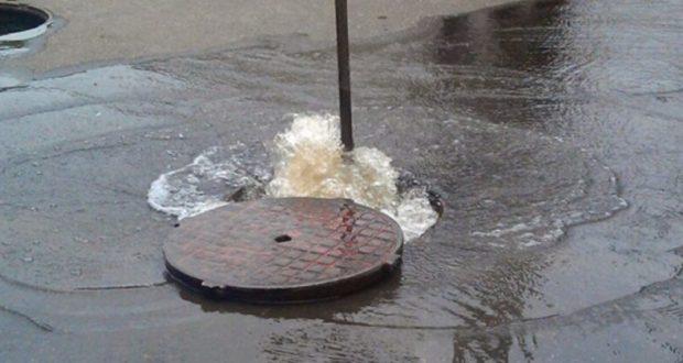 Центр Симферополя из-за аварии остался без воды
