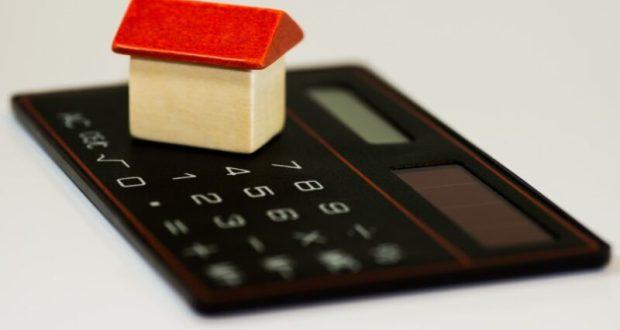 Есть долг - давай квартиру. В России могут начать изымать у должников единственное, но дорогое жилье
