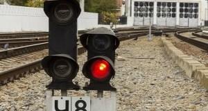 В Крыму под колесами электропоезда погиб 70-летний мужчина