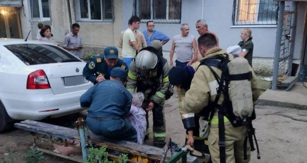 Утро жителей пятиэтажки в Феодосии началось не с кофе, а с… эвакуации