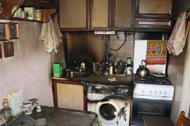 В Ялте, в пострадавшем от пожара доме на улице Кривошты собирают сведения о пострадавшем имуществе