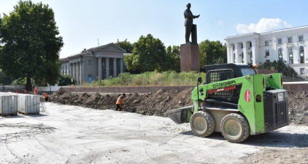 Строительные работы на площади Ленина