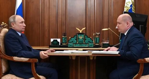 Президент РФ Владимир Путин встретился сгубернатором Севастополя Михаилом Развожаевым
