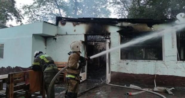 Вечерний пожар в Феодосии – горело кафе на улице Горького