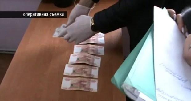 В Симферополе за взятку осужден бывший сотрудник региональной службы строительного надзора